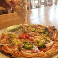 【ピザ作り体験付】本格石窯を使った焼きたてピザが楽しめる★和洋中バイキング&露天湯めぐり