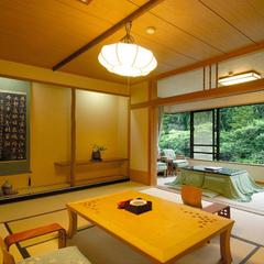 谷川岳を望むスタンダード和室8畳+3畳 禁煙