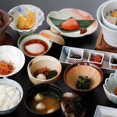 【要望の多かった★1泊朝食が登場!】ゆっくり源泉掛け流しを満喫!朝食は『和食』か『洋食』か選べます!