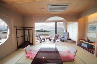 小豆島【和室10帖☆禁煙】海を一望する部屋(バストイレ付)