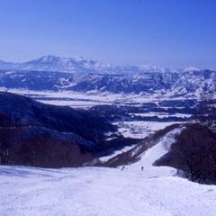 【スキーリフト1日券付】人気の野沢温泉スキー場!パウダースノーを enjoy ♪ほっこり1泊朝食付♪
