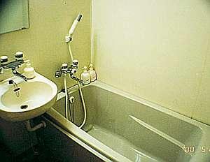【現金特価】大久保駅南口徒歩30秒★和室1人用素泊まりプラン※階段で3階のお部屋です