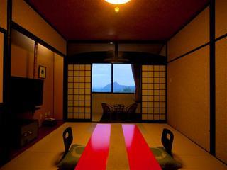 【和室】ゆったり10畳の広々和室