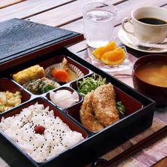 【暑い時期限定】体もお口もひんやり☆体力低下にはエナジーを♪選べる特典付素泊まりに朝食無料サービス!