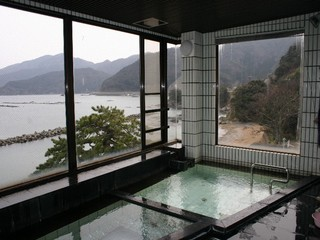 ゆったり和室と展望風呂で素泊まりプラン