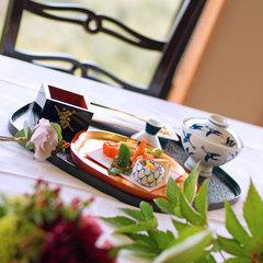 【豪華絢爛・お花見プラン】桜に包まれる贅沢…須磨浦の桜を贅沢に堪能★特別お花見会席!