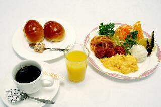 【朝食夕食無料】こんなホテルありましたか?☆ついにユニバーサルホテル登場☆【大浴場サウナ無料】
