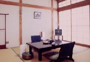 【2階】和室6畳(バストイレなし)