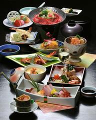 ボリューム満点!季節の会席料理「松」コース