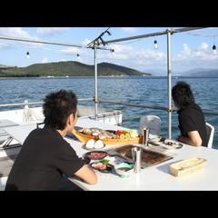 【アワビ付き】海の上でBBQを楽しもう!海上バーベキュー★磯焼きグレードアッププラン
