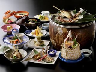 【夏のグルメ】天然鮎料理を多く取り入れた会席プラン<長良川>