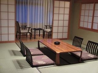 シュノンソーホテル和室(2名〜4名様)