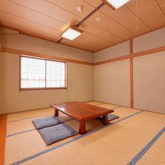 広々とした和室(14畳)【バス・トイレ付】