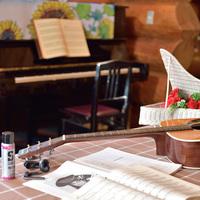◆ウッドデッキのテーブルに炭焼きBBQを全てご準備!食べるだけ〜楽しくて楽ちん♪朝食はログハウスで♪