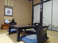 和室8畳(2名〜3名)
