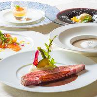 【新しいディナーコースが誕生!】【高層階プレミアフロア】ローストビーフ贅沢1枚カットを食す 夕朝食付