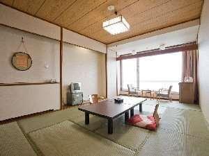 【禁煙】海の見える和室12畳+4.5畳 (バス付)