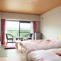 【禁煙】ベッド/1名〜2名(10畳・バストイレ付)