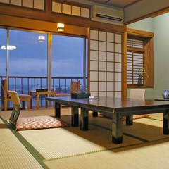 オーシャンビューのよくばりな眺望が自慢の和室10畳