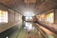 【素泊りプラン】『日本一の総檜風呂 千人風呂』を24時間心ゆくまで♪創業150年の癒しの温泉宿へ♪
