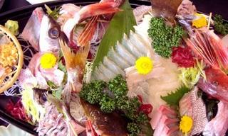 【意外と熱海】♪新鮮な海の幸と源泉掛け流しを堪能♪作五郎丸!一泊二食付きプラン!!