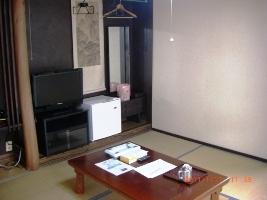 温泉湯豆腐の朝食とアットホームなおもてなしが人気の宿!街の中心でビジネス&観光に便利♪
