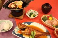 【和定食プラン:2食付き】ビジネスにも最適です!/湯本駅より徒歩1分/カード利用出来ません