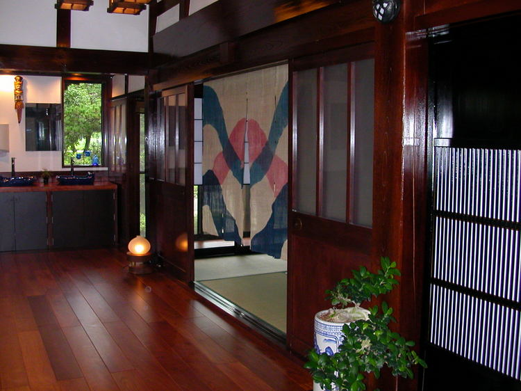 朝倉遺跡を巡る◆古民家の宿にとまる◆心づくしの朝食付きプラン