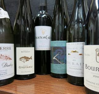 ソムリエ女将が選ぶワイン3種類み比べ♪【黒毛和牛×京会席】2食付プラン