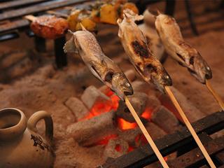 岩魚を釣って焼く!囲炉裏で食事プラン