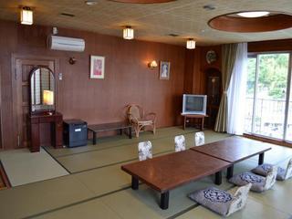 ニコニコファミリープラン(現金特価/お魚会席のご夕食&朝食付)