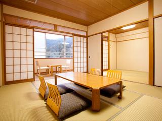 和室10畳+4.5畳(広縁・トイレ・洗面所・床の間付き)