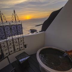 【LuxuryDaysセール】海と夕日を望む露天風呂付客室&駿河Modernコースディナー