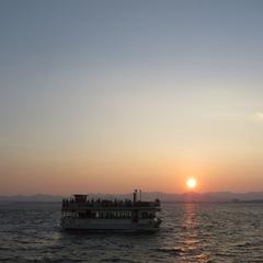 ファミリー・カップルで楽しめる浜名湖のサンセットクルーズと約70種のグルメバイキング宿泊プラン