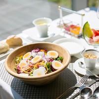 【4種類の選べる朝食付 】客室内ミニバー&宿泊者専用バーラウンジでゆったりステイ♪