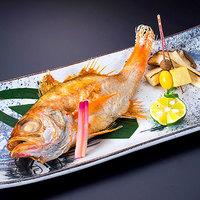 【お料理ランクUP】最高ランクの特選料理を朝夕共に個室食で!ロングステイで贅沢な休日<たちばな会席>