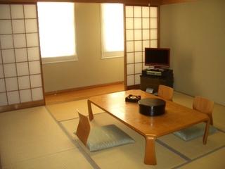 和室と天然温泉のゆったりお二人プラン(朝食付)