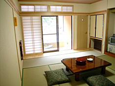 和室 8畳/3階(縁側付)