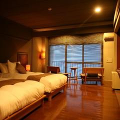 離れ感覚!!半露天風呂付 海のSuite 洋室
