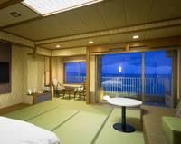 【高層階ツイン角部屋70平米】 日本海と大山を望む露天風呂付