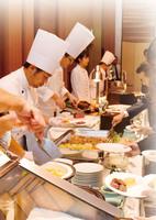 【ディナーブッフェ】夏休みは日本平へ!ご夕食は「シェフズ・ライブ・キッチン」