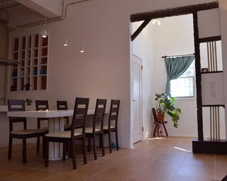 5ヶ月先まで 2泊以上のご予約限定 10人様までご予約できます。 宮古島の南欧風コテージ ★