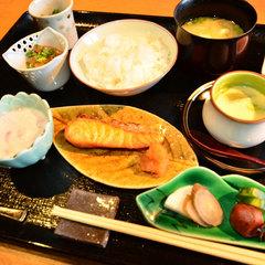 【朝食付】湯布院野菜と自家栽培米…身体に優しい朝ご飯