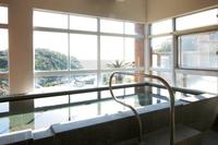 【素泊り】最終チェックイン19時!4種類のお風呂で温泉を満喫!景勝地鵜原温泉で癒しのひと時を・・・