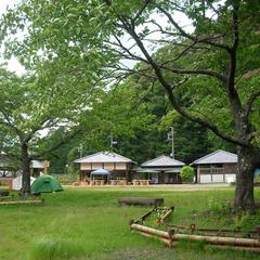 【食事は自炊】キャンプより手軽に快適に泊まろう<7人用・9人用洋室>現金特価【水の国、わかやま。】