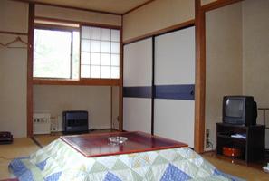 【204号室:洗面所あり/トイレ別】和室9畳 素泊まり♪