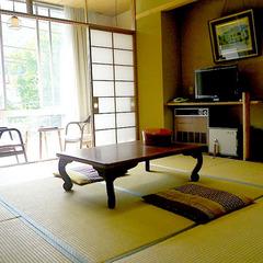 ■和室8畳/トイレ付(禁煙)