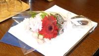 【ケーキでお祝い】ケーキ&スパークリングワイン&お花でお祝い♪ふたりのアニバーサリープラン1泊2食