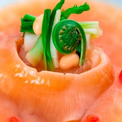 3月・4月限定【鱶鰭と春野菜の煮込みを松庵で食す】 ×蔵元直送の日本酒を味わう