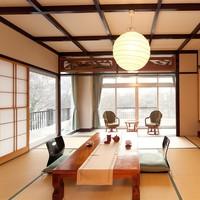 湖側角和室・二間(9畳+10畳+広縁)